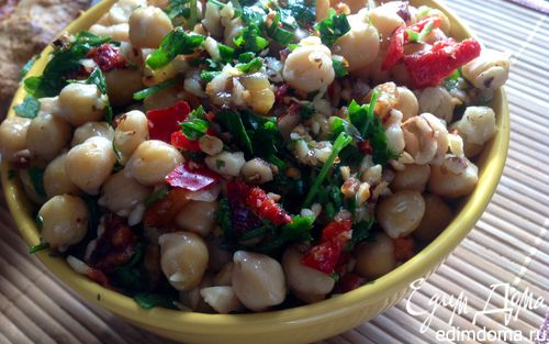 Рецепт Каталонский салат с нутом, перцем и пикадой