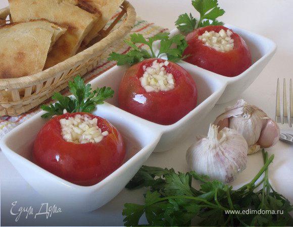 Малосольные помидоры с чесноком