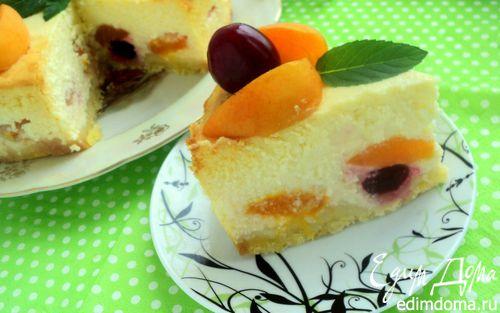 Рецепт Творожник с абрикосами и вишней