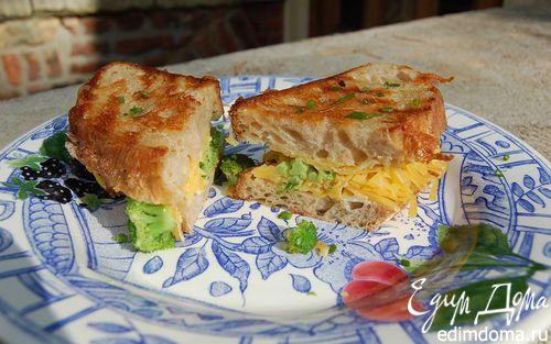 Рецепт Бутерброд с брокколи и сыром