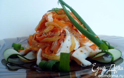 Рецепт Салат из кальмаров с морковью