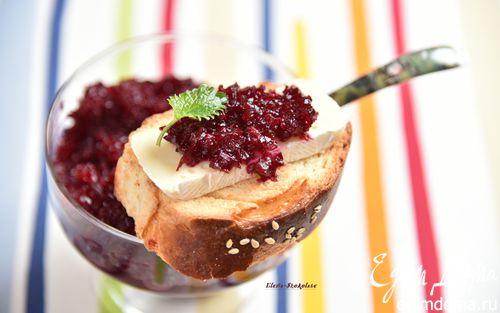 Рецепт Тосты с сыром и свекольным мармеладом