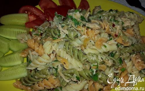 Рецепт Цветная паста с тунцом в сливочном соусе