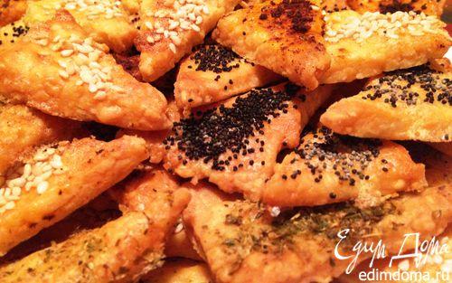 Рецепт Тающие треугольнички с сыром, маком и кунжутом