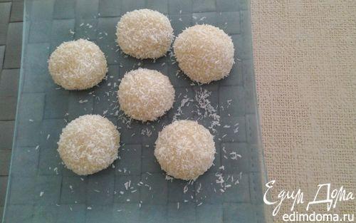 Рецепт Кокосовые шарики из рисовой муки в пароварке
