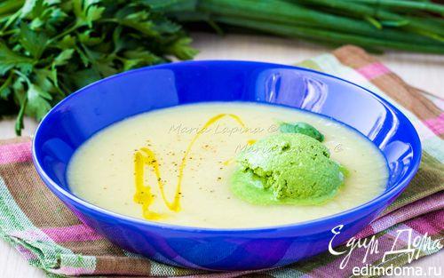 Рецепт Овощной крем-суп с мороженым из шпината и сметаны
