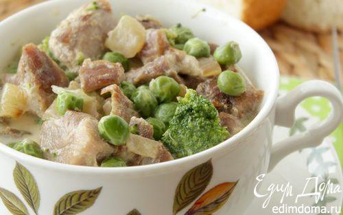 Рецепт Индейка в сливках, с зеленым горошком и брокколи