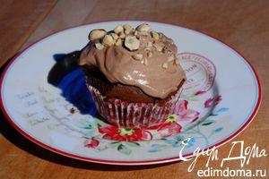 Шоколадные капкейки со сливочно-ореховым кремом