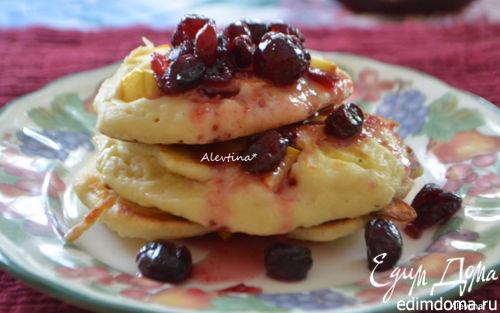 Рецепт Оладушки на кефире с яблоками