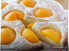 Пирог с рикоттой и персиками
