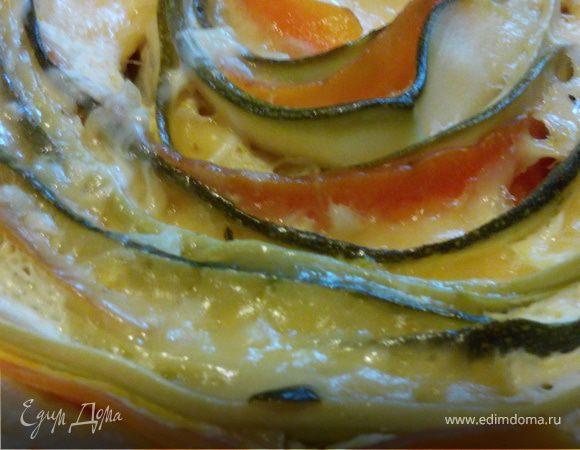 Киш с цукини, морковью, кабачком и сыром