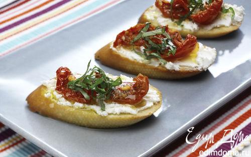 Рецепт Брускетта с вялеными помидорами и козьим сыром