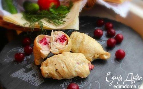 Рецепт Куриные рулетики с моцареллой и вишней