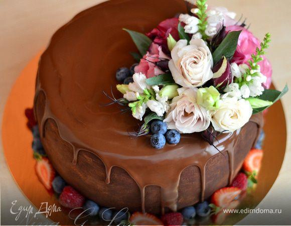 """Торт шоколадно-сливочный """"Цветочная феерия"""""""