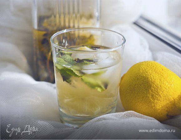 Лимонад с мятой, лимоном и тимьяном
