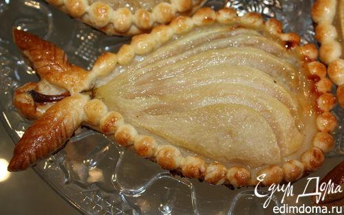 Рецепт Запечённые груши в тесте с сыром дор блю