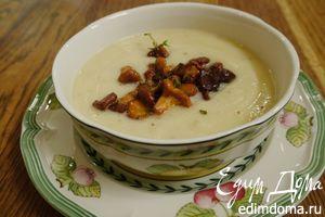 Суп из сельдерея с каштанами и лисичками