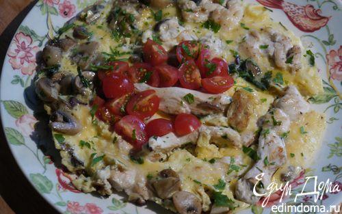 Рецепт Простой омлет с курицей и шампиньонами