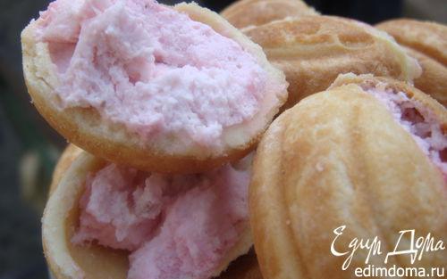 """Рецепт Печенье """"Орешки"""", фаршированные малиновым чизкейком"""