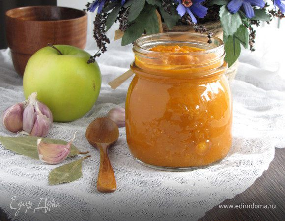 Пряный кетчуп с яблоками и карри