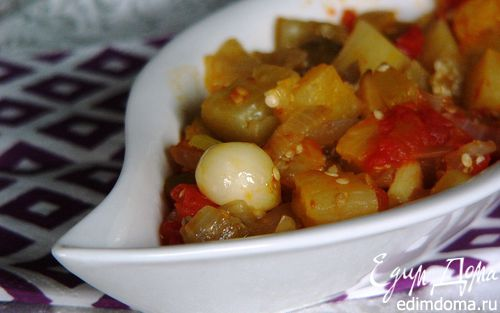 Рецепт Баклажан, тушеный на оливковом масле с помидорами (Zeytınyaglı patlıcan)