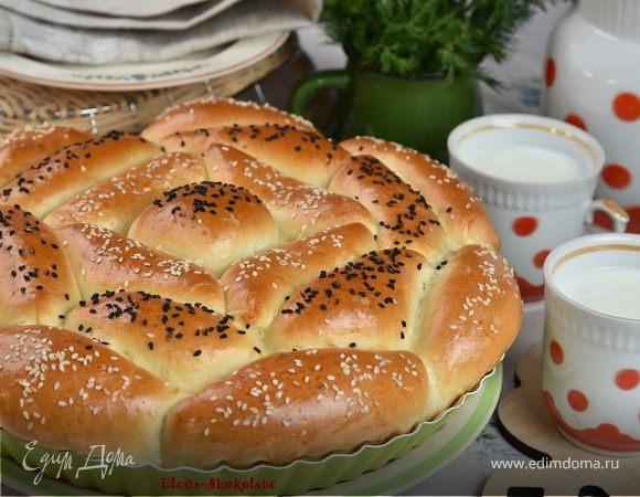 Пирог из пирожков «Дружная семейка»