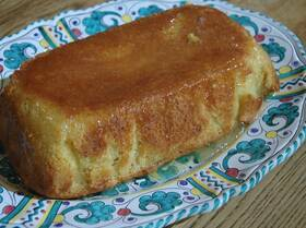 Сливочный кекс с цитрусовым сиропом