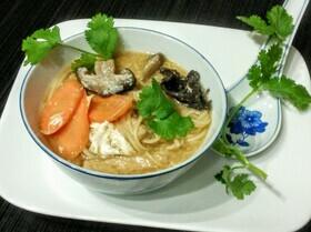 Китайский остро-кислый суп