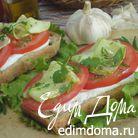 Тосты с кабачком и томатами