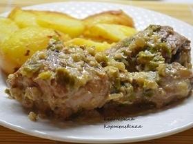 Куриные голени в чесночно-ореховом соусе