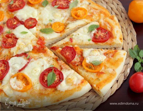 Пицца с сыром скаморца