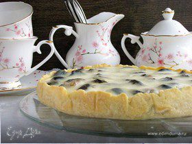 Пирог с черносливом в сметанной заливке