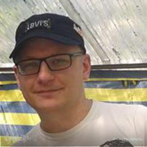 Максим Высоцкий