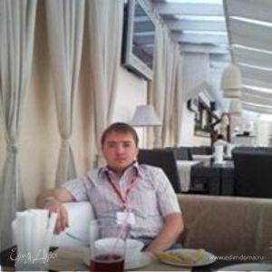 Ренат Валиев