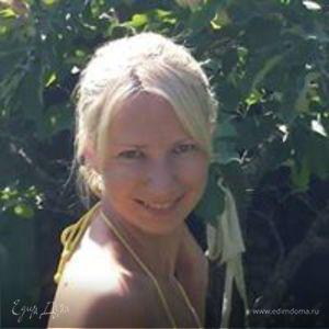 Anna Maksimova-Zhogota