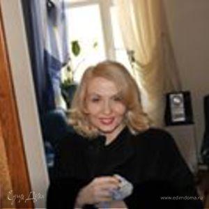 Cветлана Казаринова