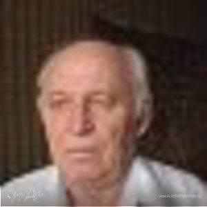 Юрий Таров