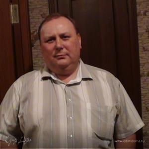 Александр Лежнин