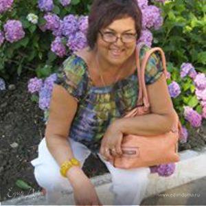 Lora Loruska