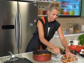 Рецепт средиземноморской кухни: капоната из баклажанов от Юлии Высоцкой | #сладкоесолёное № 91