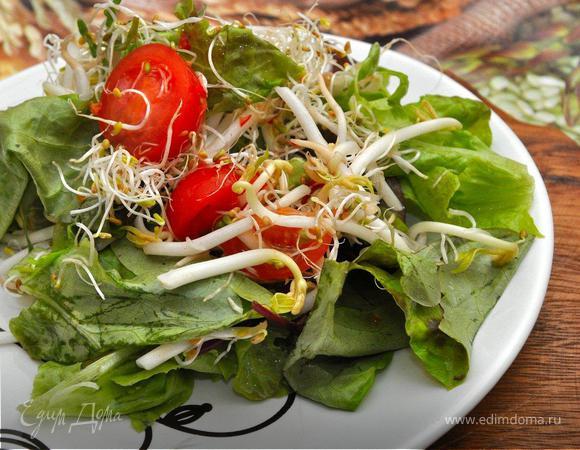 Булгур с печеными овощами и салат с ростками фасоли