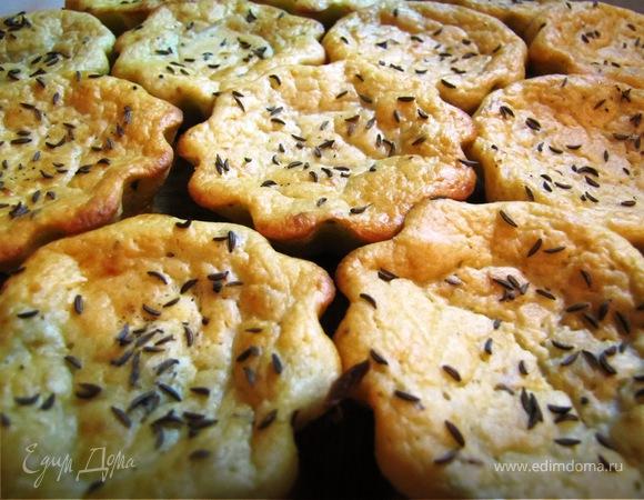 Тарталетки сырные с грибами.