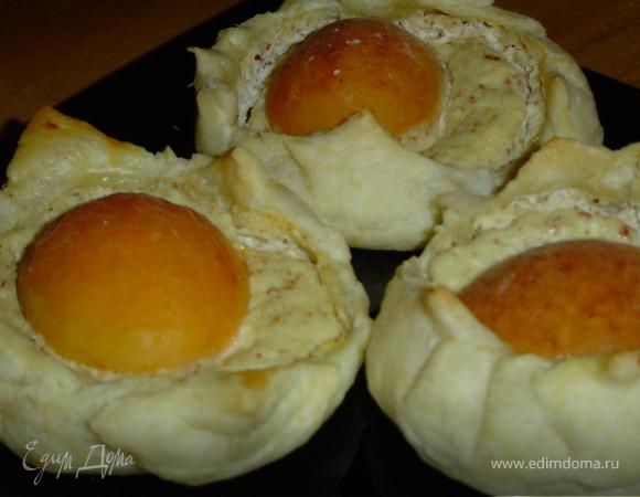 Творожно - абрикосовые слойки