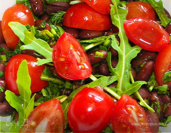 Тёплый салат из фасоли