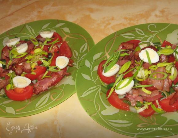 Легкий салат с беконом