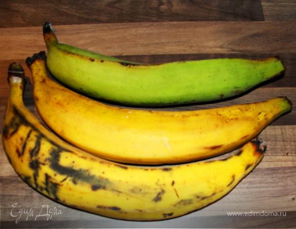 Patacones con Guacomole - Жареные бананы с гуакомоле