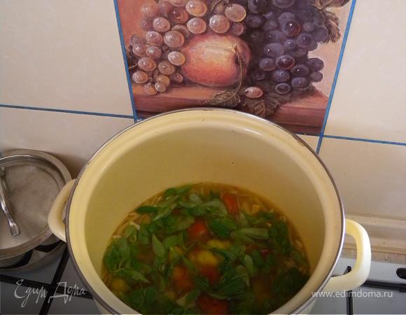 Хлеб из разной муки + острый суп с портулаком