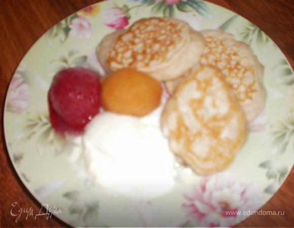 Оладушки на ежевичном йогурте