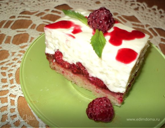 Пирожное «Малина на снегу».