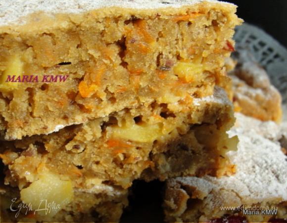 Осенний яблочный пирог с морковкой и клюквой, семечками подсолнуха и семенами льна.